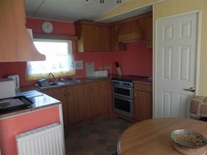 Burnside-Caravan-Kitchen